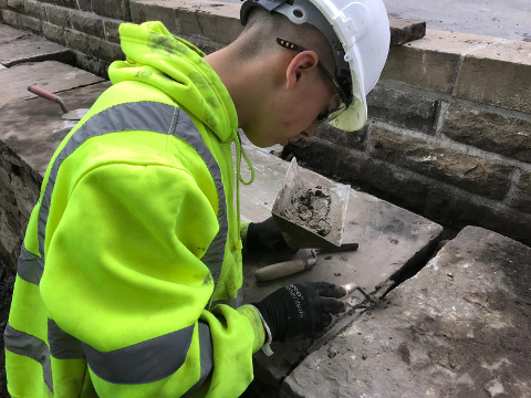 New Apprentice Learning on the Job